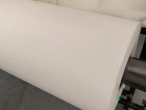 Tentinė medžiaga – Balta 700gr/m²